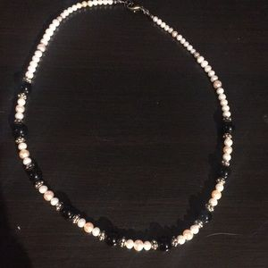 Vintage pink and white pearl necklace